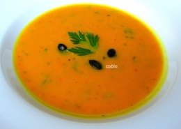 cobio-recept-bucna-juha-s-kokosovim-mlekom