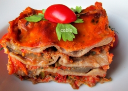 cobio-recept-lazanja-z-buckami-in-jajcevci