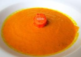 cobio-recept-kremna-juha-iz-pecenega-korenja-z-ingverjem