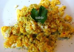 cobio-recept-vmesana-jajca-z-rozmarinovo-soljo
