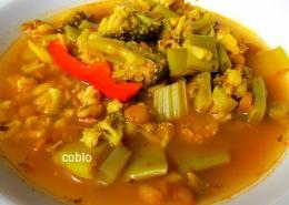 cobio-recept-zelenjavna-juha-z-leco-in-jesprenom